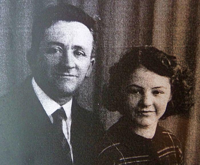 1502355562_Uncle_RichardGrowney_with_Daughter_KathleenGrowney(Ledgerton).jpg